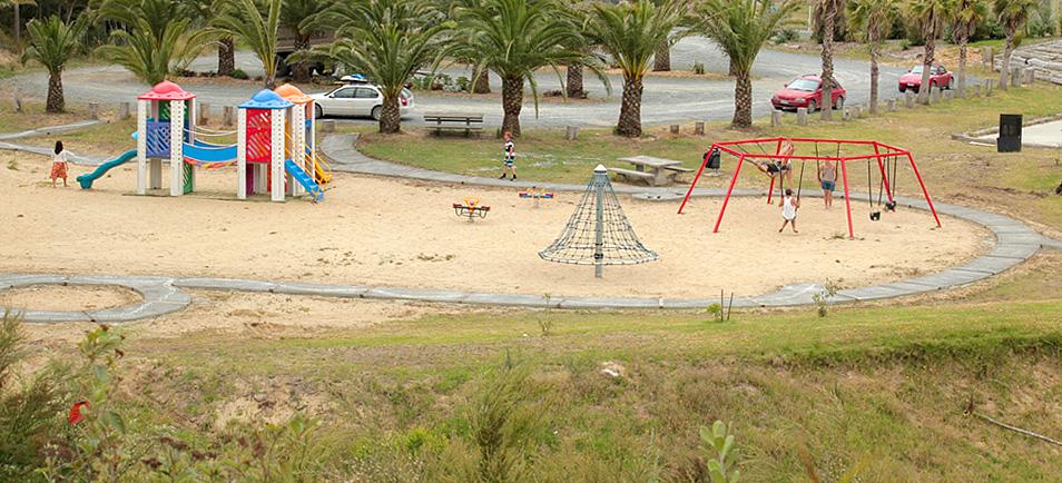 MAZ: Children's Playground Snake Path 1