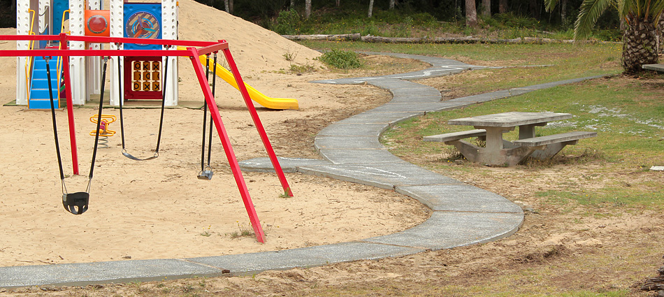 MAZ: Children's Playground Snake Path 4