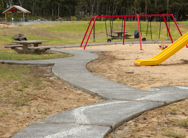 MAZ: Children's Playground Snake Path 7